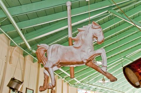 Carousel novelty display horse_6136