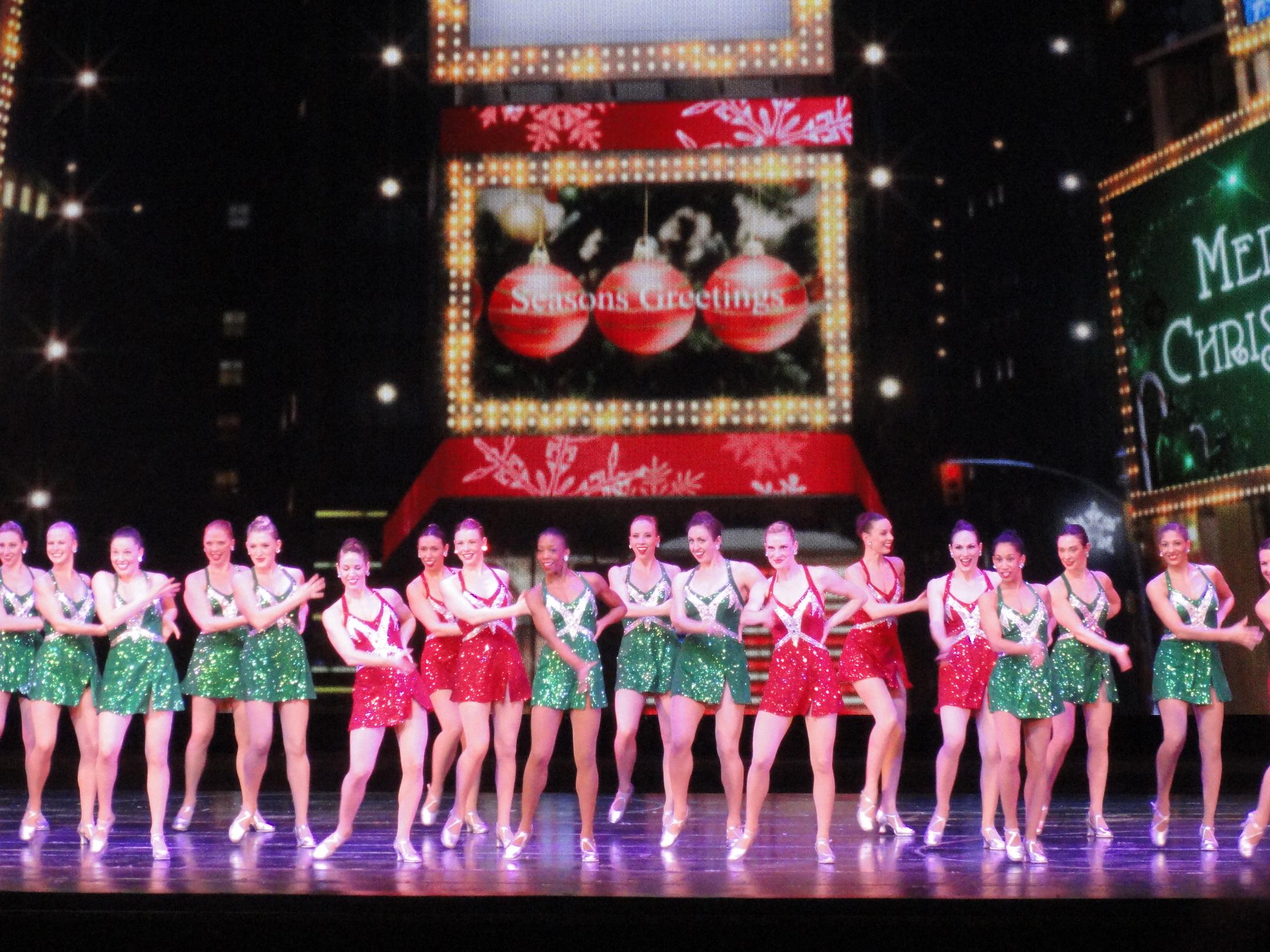 christmas-costumes-02069