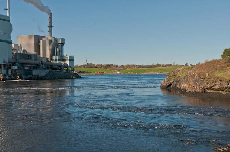St Johns Reversing Falls during tide change 10