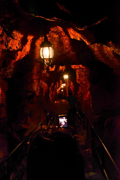 002_1267_berm_cave_enter_20130517