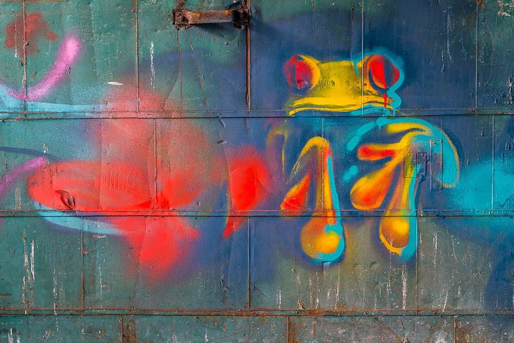 124-9430_graffiti_201405311