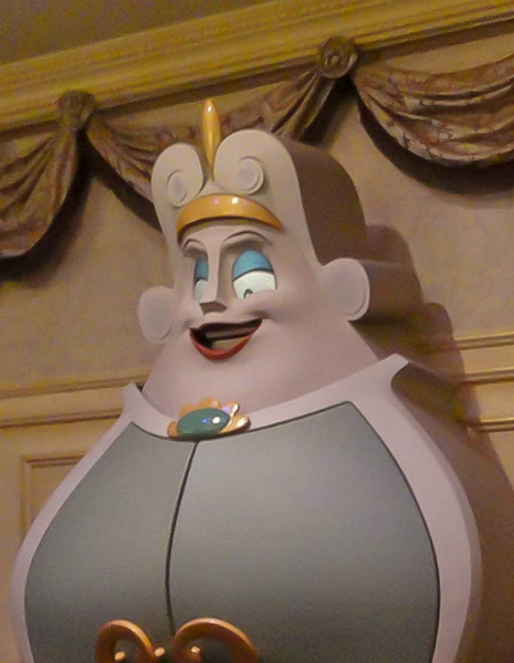 07-Enchanted Tales with Belle