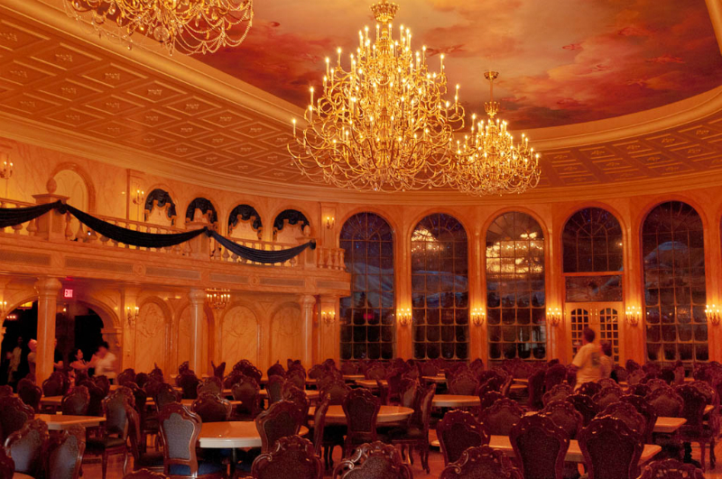 22-Beasts Castle dining room