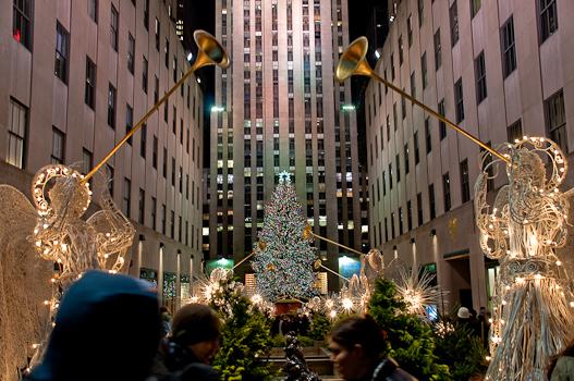 2749 Rockerfeller Christmas tree