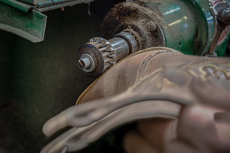212-2303_Shoe_Repair_20141108-25