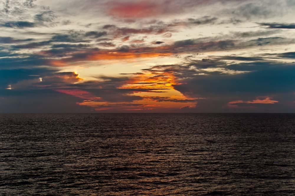 sunrise_cruise_ncl_ny_gem_3036